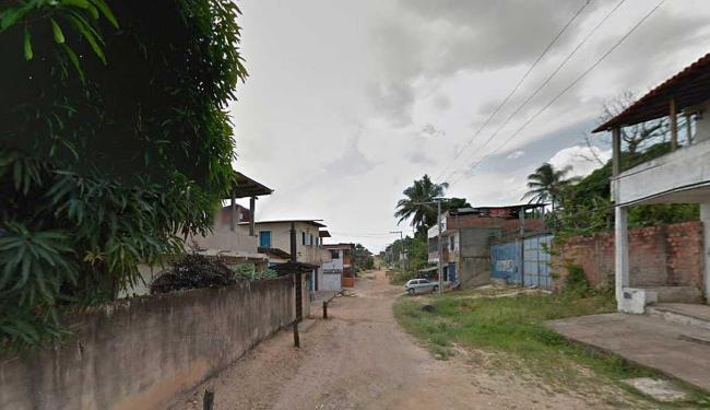Festa acontecia na rua do Guiné quando homens chegaram atirando - Foto: Reprodução   Street View