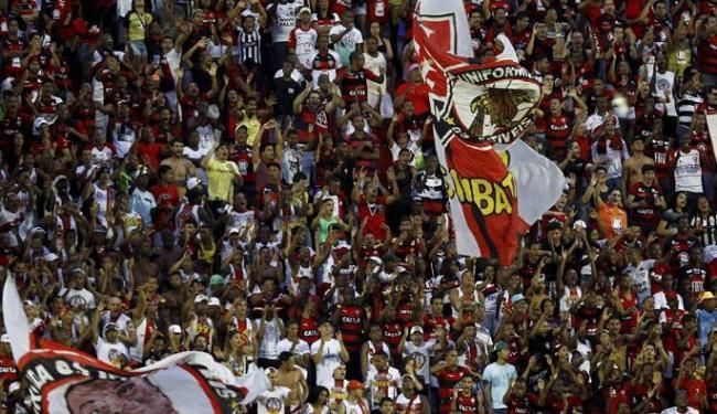 Apoio da torcida rubro-negra será fundamental para o duelo contra o time catarinense - Foto: Eduardo Martins   Ag. Reuters