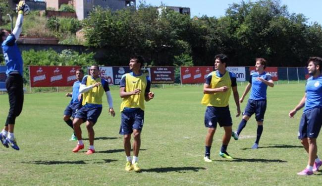 Os atletas ensaiaram jogadas com bola parada - Foto: Divulgação   E.C.Bahia