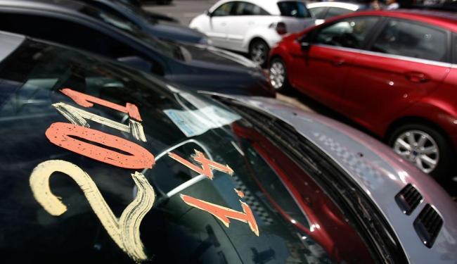 20 lojistas do setor irão participar ofertando carros seminovos e usados dos mais vários fabricantes - Foto: Raul Spinassé   Ag. A TARDE