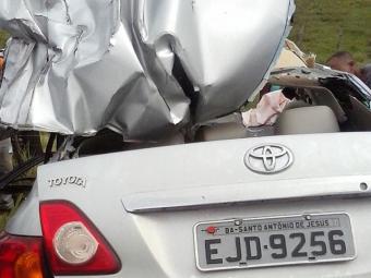 Motorista do Corolla morreu no momento do acidente - Foto: Reprodução   Infosaj