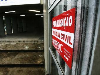 Policiais devem retomar atividades na manhã de sexta-feira, 6 - Foto: Lunaé Parracho | Arquivo | Agência A TARDE