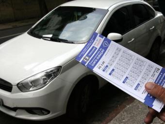 Motoristas vão pagar entre R$ 3 e 6 para usar vagas da Zona Azul - Foto: Luciano da Matta | Ag. A TARDE