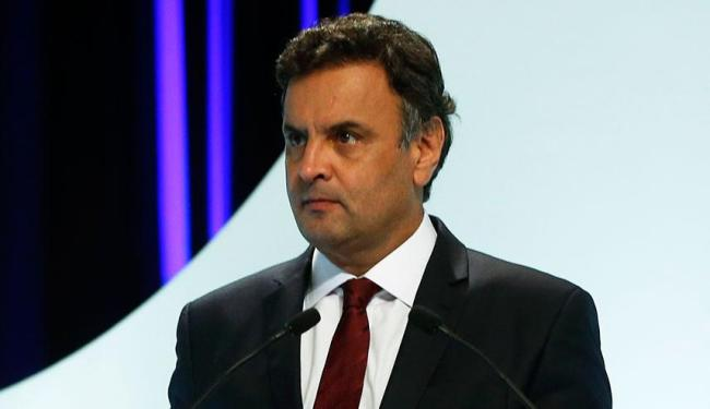 Aécio diz que PSDB não vai transformar envolvidos em corrupção em herói nacional - Foto: Agência Reuters
