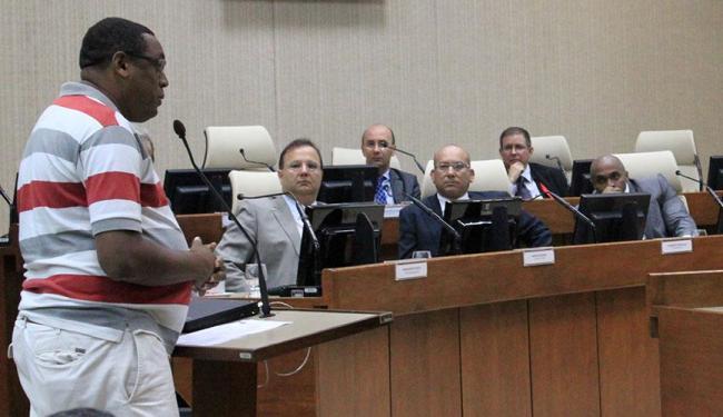 Ex-funcionários, credores e gestores do hospital se reuniram ontem no TRT5 (Nazaré) - Foto: Secom | Divulgação