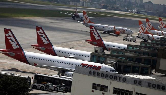 Aviões da TAM e da Gol no aeroporto de Congonhas, em São Paulo - Foto: Agência Reuters