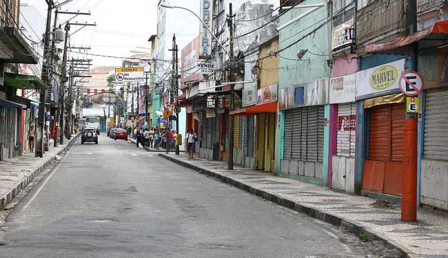 Vista de rua na Baixa dos Sapateiros - Foto: Fernando Amorim | Ag. A TARDE | 24.10.2011