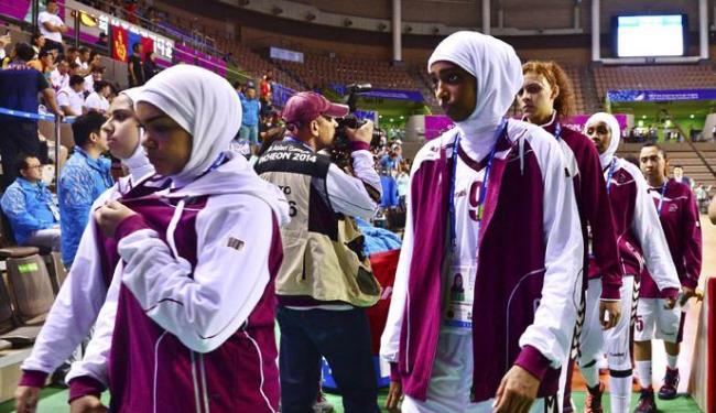 A seleção feminina de basquete do Catar abandonou os Jogos Asiáticos - Foto: Kim Kyung-Min   Ag. Reuters