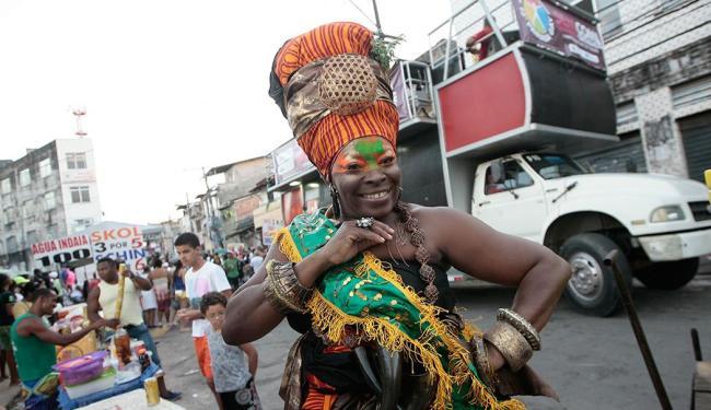 Cabeleireira Negra Jhô foi a madrinha do evento, que deu início à III Semana da Diversidade Cultural - Foto: Mila Cordeiro | Ag. A TARDE