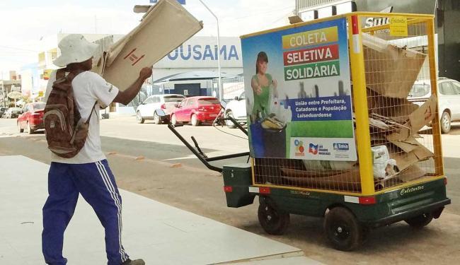 Carrinhos motorizados ajudam na coleta do município desde agosto - Foto: Ascom LEM | Divulgação