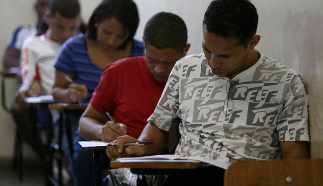 Concurso da prefeitura na Bahia oferece 100 vagas para diversos níveis de escolaridade - Foto: Raul Spinassé | Ag. A TARDE