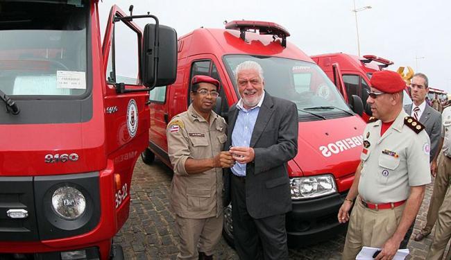 Governador Jaques Wagner entregou 31 novos veículos - Foto: Manu Dias | GovBA