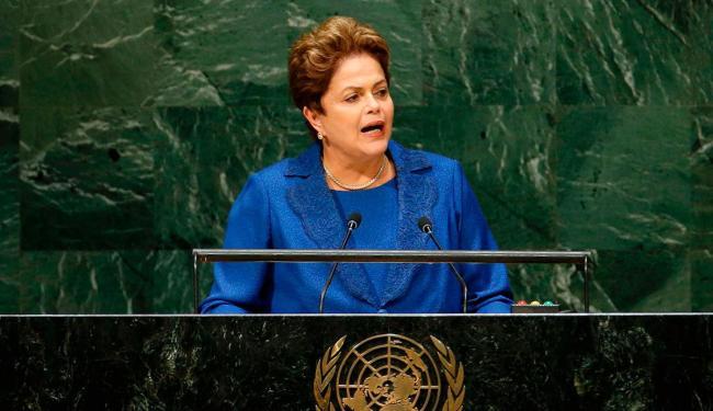 Dilma diz que ainda persistem, em todas as partes do mundo, consideráveis dificuldades econômicas - Foto: Agência Reuters