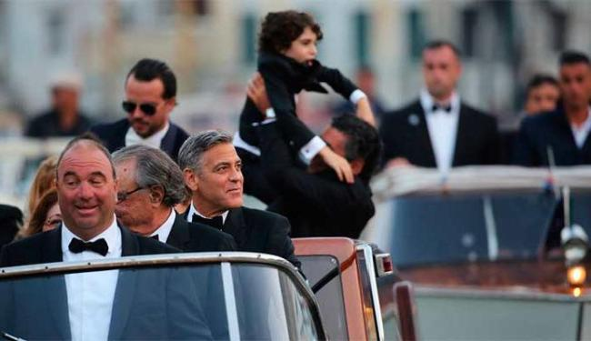 Clooney foi até o casamento, em Veneza, de barco-táxi - Foto: Agência Reuters