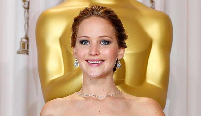 Nas imagens publicadas na internet, Jennifer aparece nua e em poses sensuais - Foto: Mike Blake | Agência Reuters