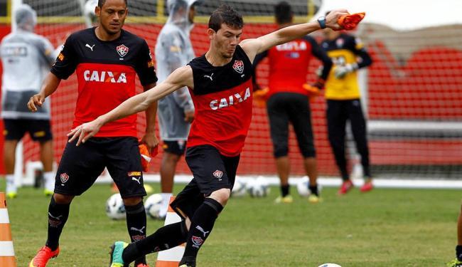 Luiz Gustavo treina forte na Toca para tentar reviver façanha de 2013 - Foto: Eduardo Martins   Ag. A TARDE