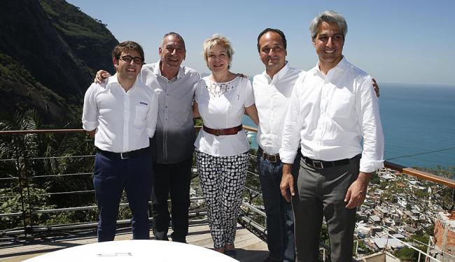 Marta Suplicy e representantes da Ambev durante a assinatura do termo - Foto: Divulgação | MinC