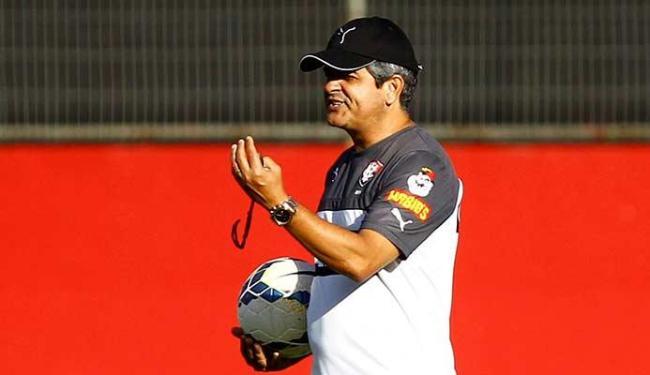 Ney Franco já selecionou os 21 jogadores que vão viajar com a delegação para Curitiba - Foto: Eduardo Martins | Ag. A TARDE 09.09.2014