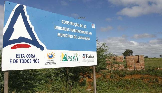 No ano de 2010 A TARDE flagrou obras paradas do programa Dias Melhores, tocadas pelo instituto - Foto: Reginaldo Pereira   Ag. A TARDE   21.4.2010