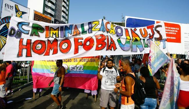 Para muitos participantes, essa é a oportunidade do ano de expressar publicamente a sua sexualidade - Foto: Joá Souza | Ag. A TARDE | 21.09.2014