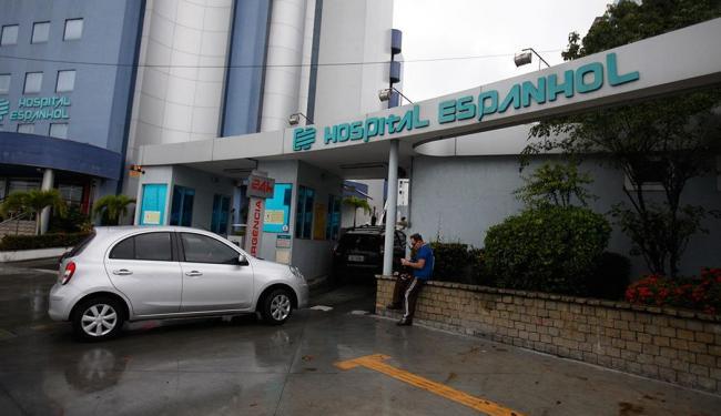 Wagner assina decreto que torna imóvel do hospital exclusivo para unidades de saúde - Foto: Edilson Lima   Ag. A TARDE