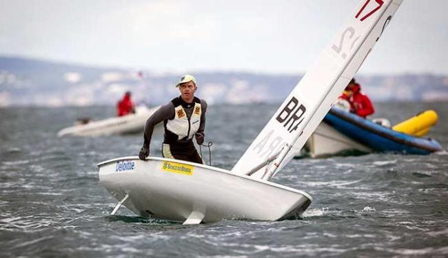 Na Laser, Scheidt já soma 10 títulos mundiais na carreira - Foto: Jesus Renedo | Divulgaçaõ