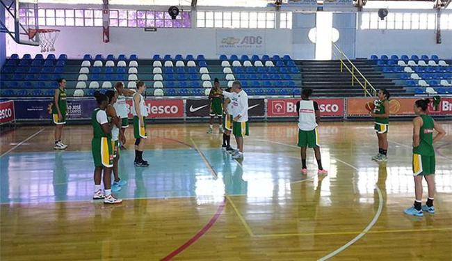 Jogadoras retornaram, nesta sexta , ao ritmo intenso de treinos com bola - Foto: Divulgação l CBB
