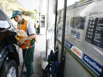 Ainda há incerteza sobre como a relação entre o álcool combustível irá se comportar - Foto: Joá Souza   Ag. A TARDE   08.10.2014