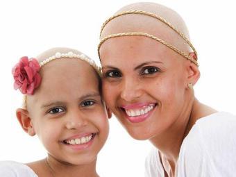Sara tinha o apoio da mãe, que luta contra o câncer de mama - Foto: Arquivo Pessoal