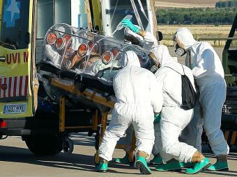 Enfermeira teve contato com o padre Manuel Garcia Viejo, que morreu em agosto - Foto: Agência Reuters