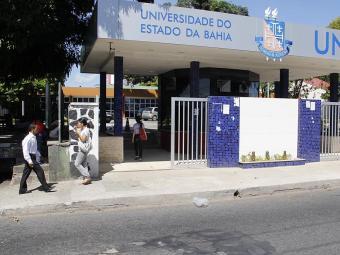 O atendimento é por ordem de chegada e será feito no campus do Cabula - Foto: Joá Souza | Ag. A TARDE | 04.01.2013