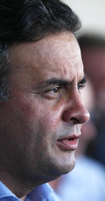 Aécio afirmou que o PSDB vai acompanhar o desenrolar das investigações - Foto: Lúcio Távora | Ag. A TARDE | 17.10.2014