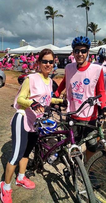 Passeio ciclístico Vai de Bike Pelo Fim do Câncer de Mama tem percurso entre Jardim de Alah e Ondina - Foto: Salvador Vai de Bike | Facebook | Reprodução