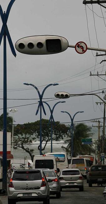 Foram investidos R$ 15 milhões para substituição dos antigos semáforos pelos novos - Foto: Gildo Lima | Ag. A TARDE