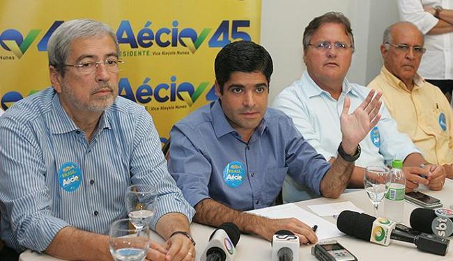Imbassahy, Neto, Geddel e Souto vão recepcionar Aécio - Foto: Luciano da Matta | Ag. A TARDE