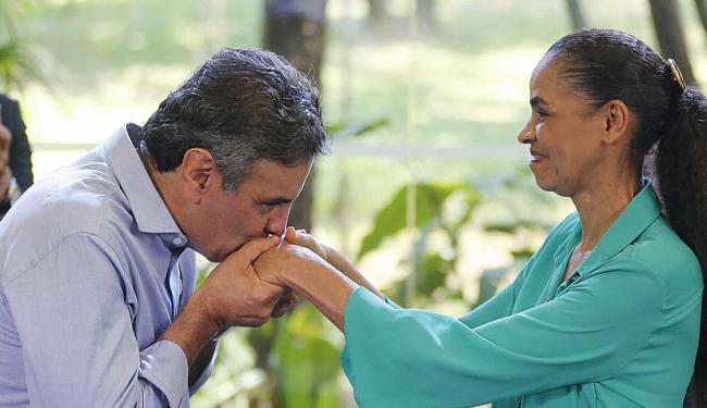 Antigos adversários, Aécio e Marina se elogiaram durante evento - Foto: Paulo Whitaker | Ag. Reuters