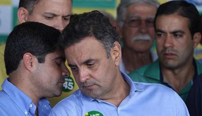 O prefeito ACM Neto se encontrou com Aécio Neves antes do comício em Salvador - Foto: Lúcio Távora | Ag. A TARDE