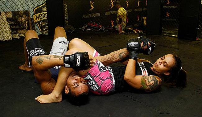 Alexandra treina com o marido, Naim Barbos - Foto: Eduardo Martins   Ag. A TARDE