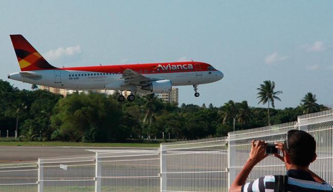 Avianca reforçou o atendimento a Salvador - Foto: Joá Souza   Ag. A TARDE   21.9.2012