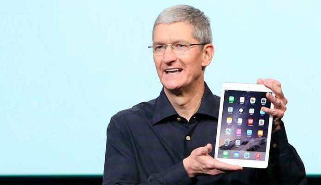 CEO da Apple apresenta as novidades do iPad - Foto: Agência Reuters