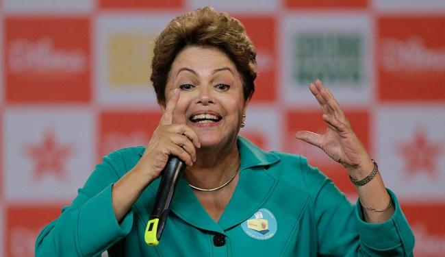 Estudantes protestaram durante discurso de Dilma - Foto: Ueslei Marcelino | Agência Reuters | 13.10.2014