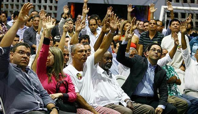 Maioria dos bancários decidiu retornar ao trabalho durante assembleia - Foto: Joá Souza | Ag. A TARDE