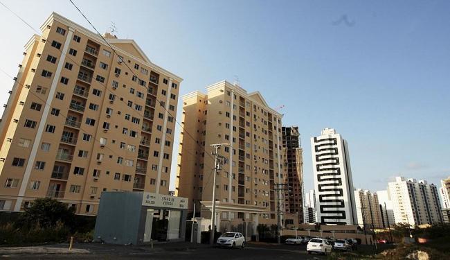 Condomínio no bairro do Imbuí: Salvador tem hoje cerca de 7 mil imóveis disponíveis - Foto: Mila Cordeiro   Ag. A TARDE