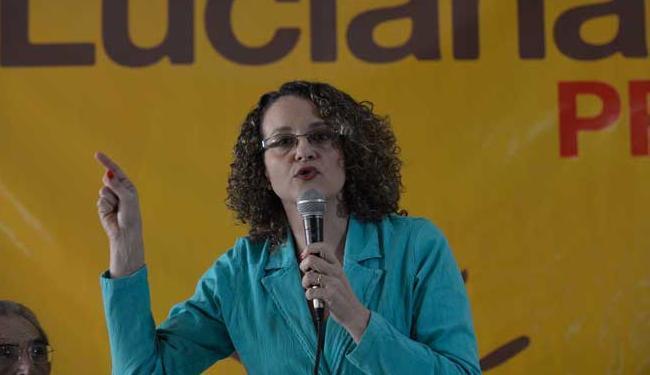 Luciana avaliou que o Brasil passa por uma situação