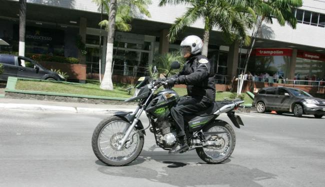 O motociclista Osvaldo Meron testou a Crosser 150 - Foto: Divulgação