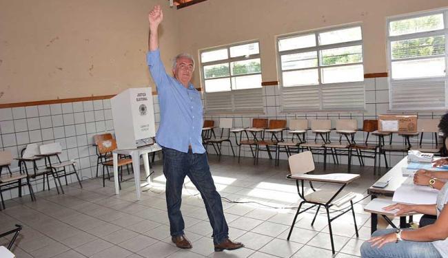Otto Alencar votou neste domingo no município de Rui Barbosa - Foto: Divulgação