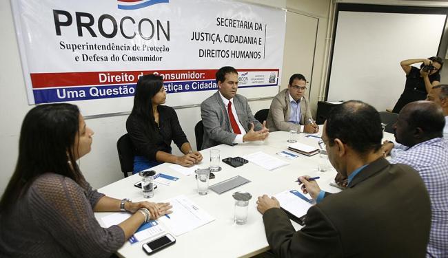 Reunião contou com a presença de dirigentes de órgãos de defesa do consumidor e de escolas - Foto: Luciano da Matta | Ag. A TARDE