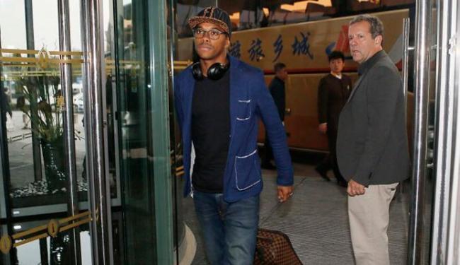 Robinho fez parte do primeiro grupo de jogadores que desembarcaram na China - Foto: Rafael Ribeiro | CBF