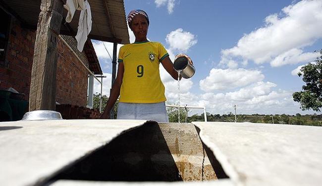 No distrito de São José, as cisternas estão quase vazias - Foto: Luiz Tito | Ag. A TARDE