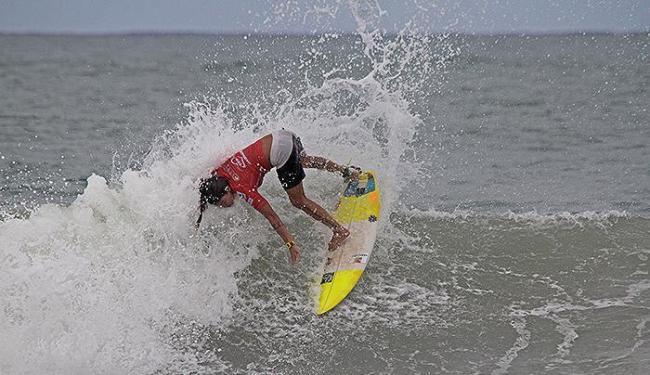 Bela rasgada não foi suficiente para levar Silvana Lima à semifinal da etapa de Itacaré do WQS - Foto: Fabriciano Junior l Dendê l Divulgação